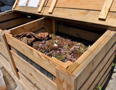 How to make your own compost bin